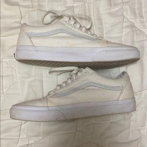 Vans Shoes - Vans Old Skool True White